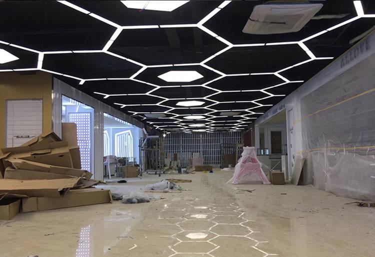 南京时尚芭莎珠宝展厅