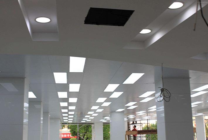 汕头LED面板灯厂家:LED面板灯陷入尴尬局面,产品结构远未体现其优势