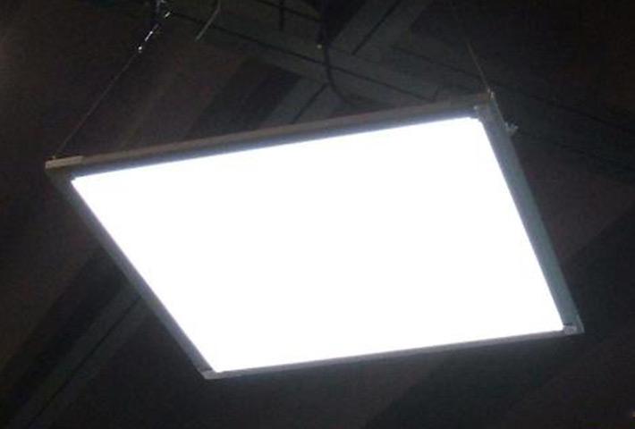 深圳LED面板灯工厂:如何判断散热性的优劣
