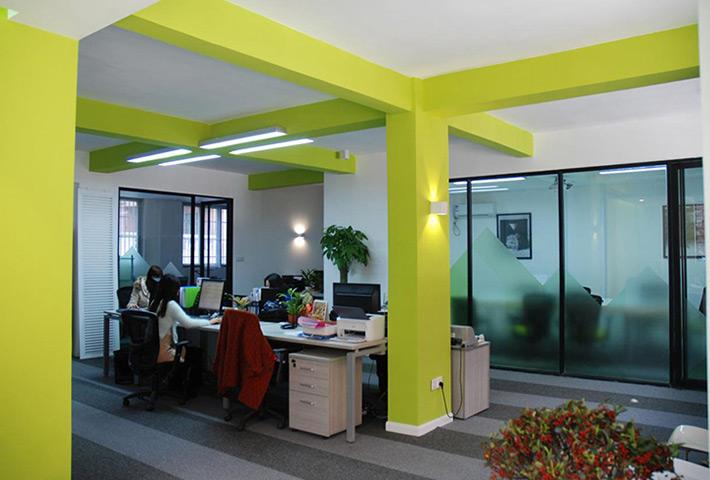 惠州线条灯厂家:LED 线型灯具未来发展及应用趋势