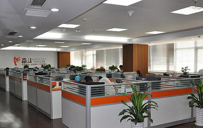 广州LED平板灯厂家:LED平板灯市场五大不良现象
